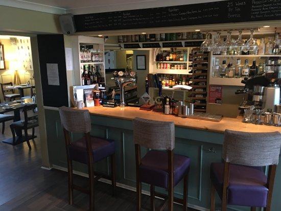 Allanton Inn: Bar