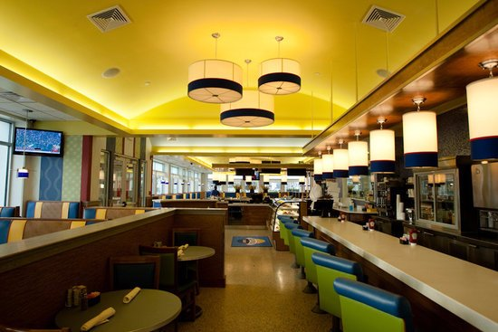 Mystic Diner and Restaurant : Inside Mystic Diner
