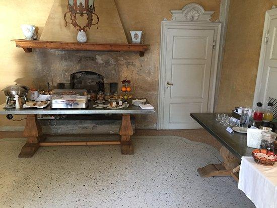 Laglio, Italien: Breakfast buffet