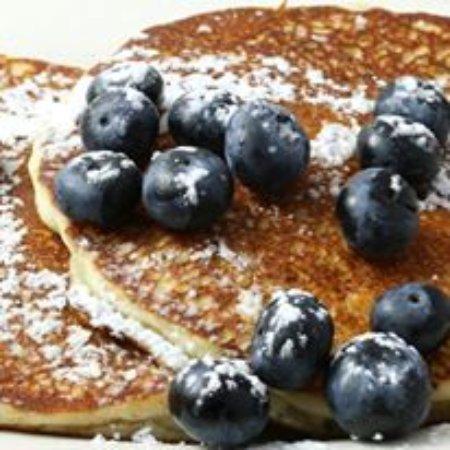 Higganum, CT: Blueberry Pancakes