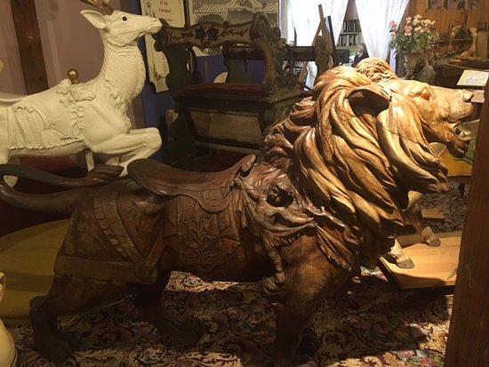 Bristol, CT: Lion in bare wood
