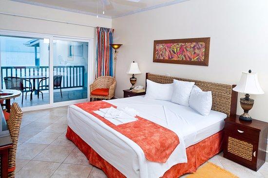Rostrevor Hotel: Deluxe Ocean Front King Room