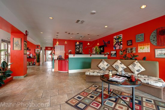 Del Rio, TX: our bright lobby. Lots of art by local artists.