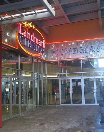 Landmark Cinemas 10 New Westminster