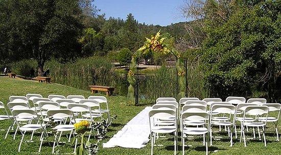 Coloma, CA: Pond View Wedding Venue