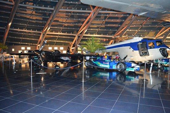 Red Bull Hangar-7: Red Bull Hangar