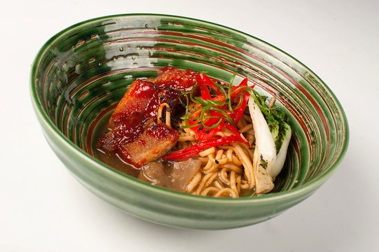 Wakefield, Канада: Pork Belly Noodle Bowl with Bacon Dashi
