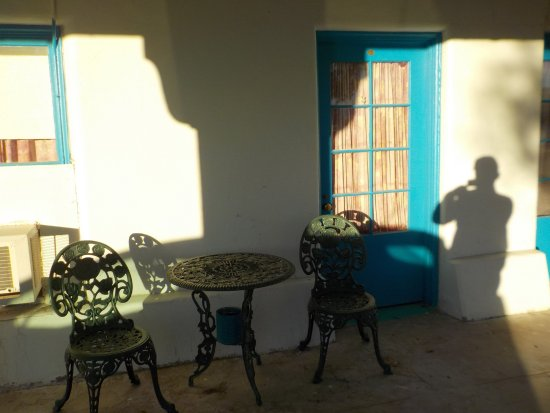 Amargosa Opera House and Hotel: Перед входом в номер