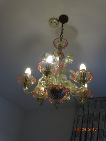 Hotel Giorgione: oneof the milan glass lights