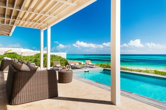 South Caicos: Sailrock Resort - Beachfront Villas - Private Terrace and Pool