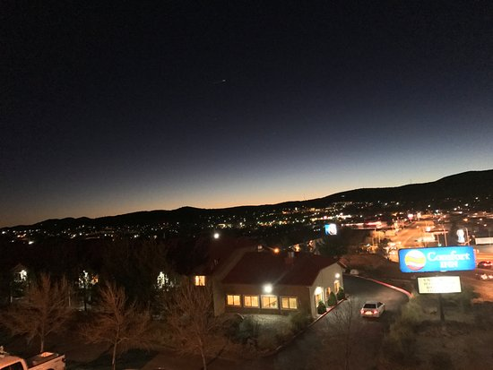 Comfort Inn Near Gila National Forest: Night View