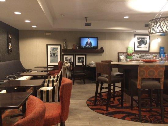 Hampton Inn St Louis/Chesterfield: photo1.jpg