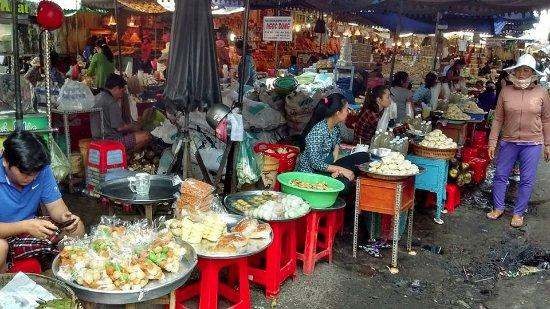 Murray Guesthouse: Le marché de la ville de Chau Doc !