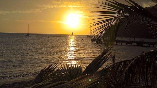 Les Anses d'Arlet, Martinica: chaque soir on l'admire