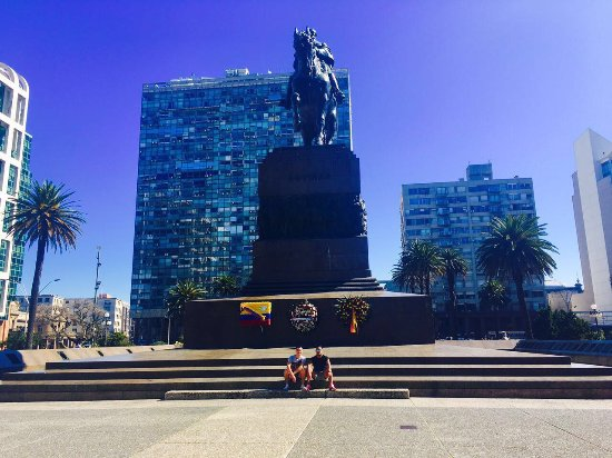Photo of Monument / Landmark Plaza Independencia at Montevideo, Uruguay