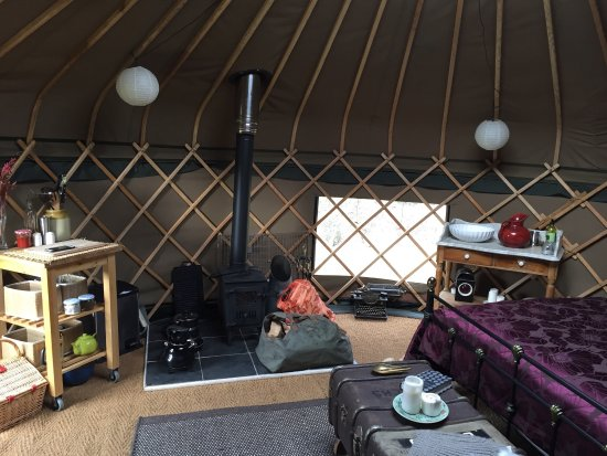 Longhope, UK: Mrs Mills' Yurts, May Hill Glamping