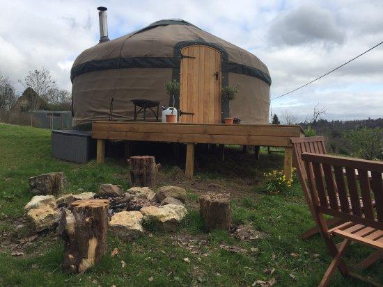 Longhope, UK: Mrs Mills' Yurts, May Hill Glamping
