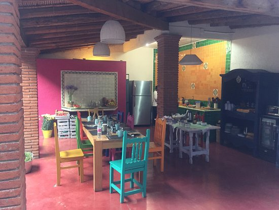 La Betulia Bed and Breakfast : Lovely outdoor kitchen where breakfast is served
