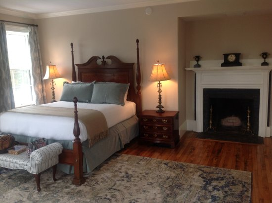 Windsor, VT: Room 21, The Evarts Room