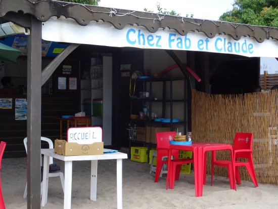 Les Anses d'Arlet, Martinica: L'acueil de la maison les pieds dans l'eau