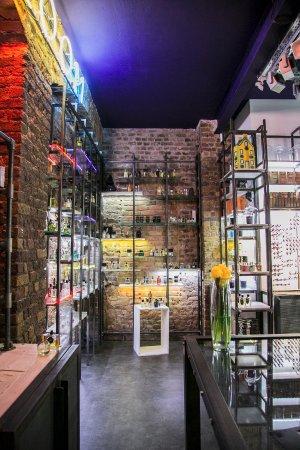 perfume shop london victoria