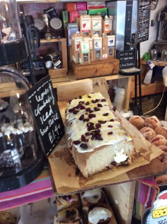 The Big Rock Cafe: Iced cranberry bun slice with morning coffee