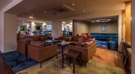 The George Christchurch: Lobby / Bar Area
