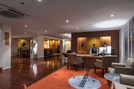 The George Christchurch: Lobby