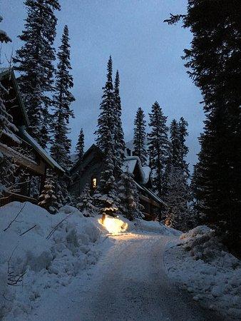 Emerald Lake Lodge: photo0.jpg