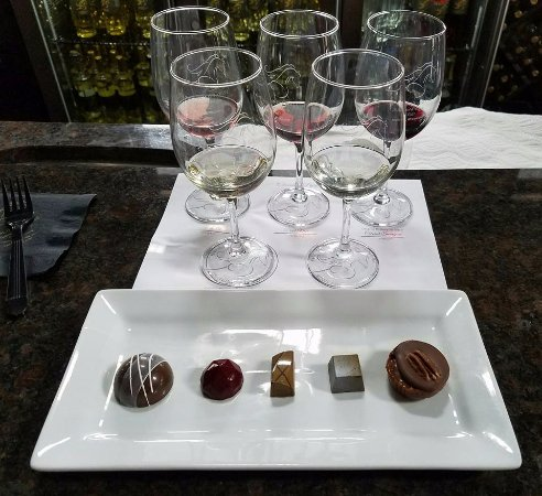 The Blind Horse Winery: Chocolate Plate