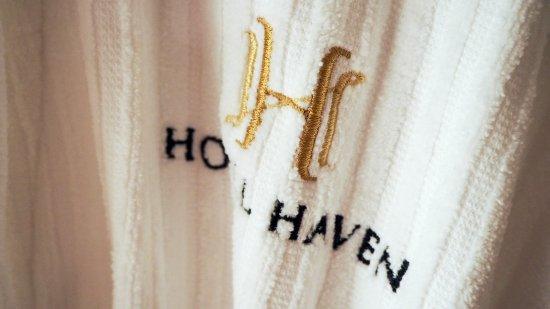 Hotel Haven: PSX_20170326_203020_large.jpg