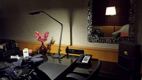 mandarin oriental singapore escritorio de habitacion