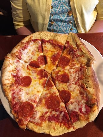 Travelers Rest, SC: pepperoni pizza
