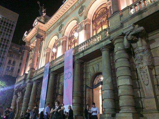 Theatro Municipal De São Paulo: Faixada
