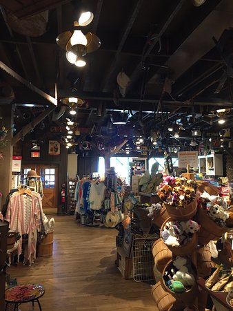Cracker Barrel: photo2.jpg