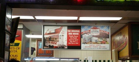 Portillo's Hot Dogs: 20170329_171847-1_large.jpg