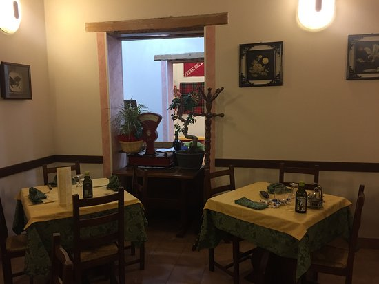 trattoria pizzeria giramondo: photo3.jpg