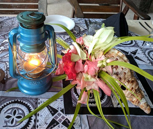 Paradise Taveuni: Table setting