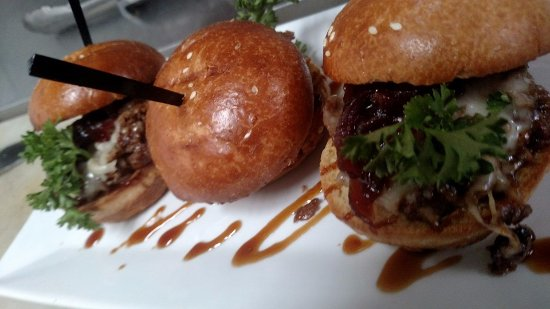 Raynham, MA: Teriyaki Steak and Cheese Sliders