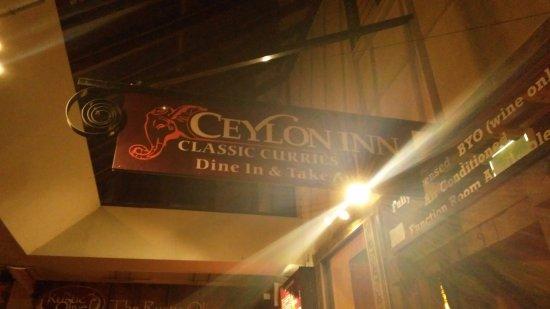 Редклифф, Австралия: Ceylon Inn Outside