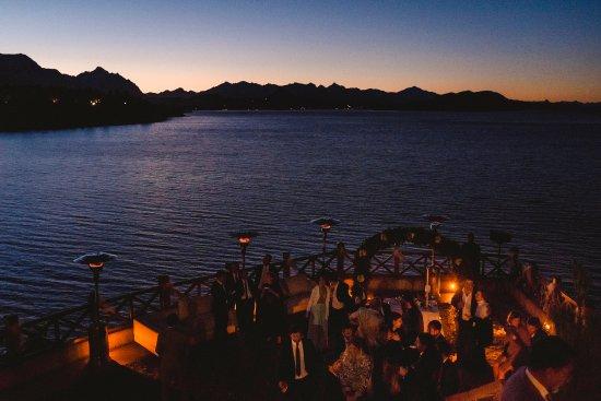 Charming Luxury Lodge & Private Spa : en el atardecer de Charming