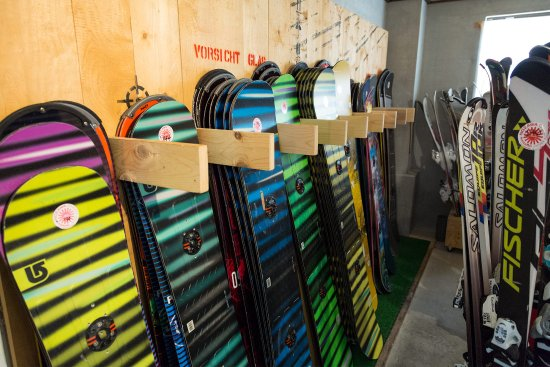 Nozawaonsen-mura, Japão: Snowboards