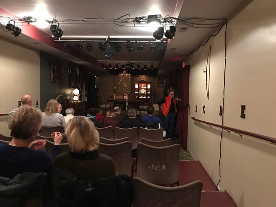 Oil Lamp Theater (Glenview, IL): Top Tips Before You Go (with ...