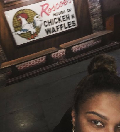 Roscoe's House of Chicken & Waffles: 1514 North Gower Street THE ORIGINAL spot!
