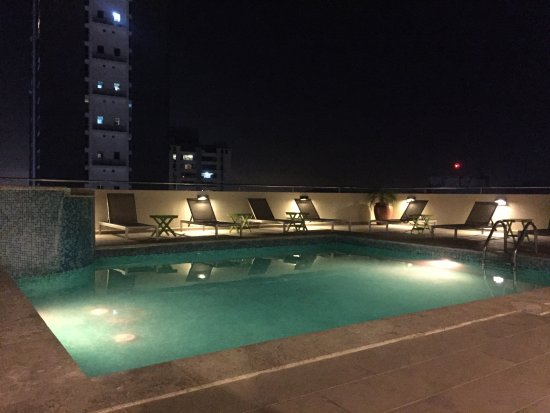 Tryp by Wyndham Panama Centro: Rooftop pool; seemed clean and has nice views.