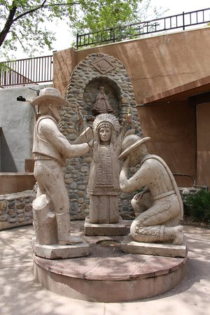 Chimayo, NM: Beautiful & Well Maintained Shrine