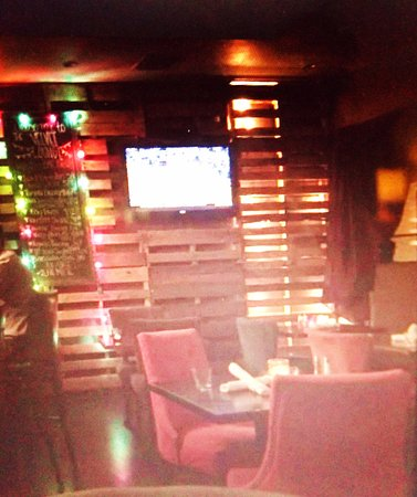 La Quinta, CA: Bar area The Velvet Lounge