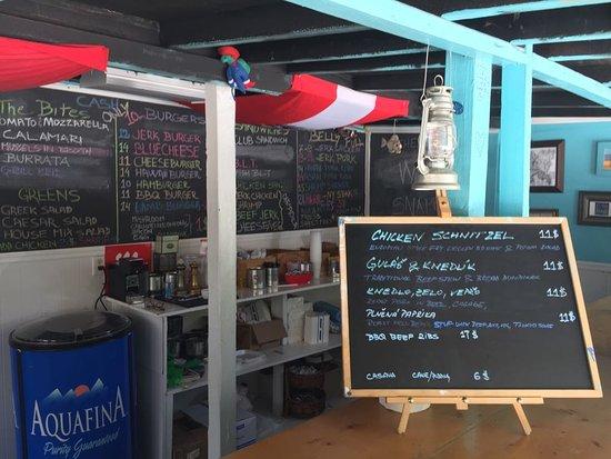 Bodden Town, Gran Caimán: Extensive Menu
