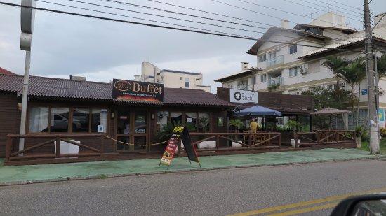 Sabor de Jurere Restaurante: Bem localizado!