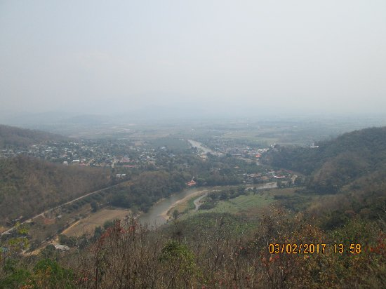 Maekok River Village Resort: valley view
